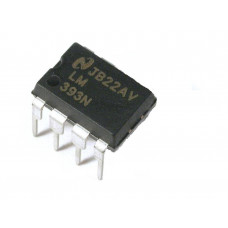 LM393 Low Power Low Offset Voltage Dual Comparator IC DIP-8 Package
